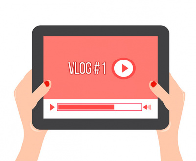 vlogs-vs-blogs-video-marketing